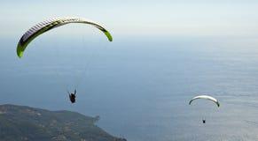 parachuting royaltyfri fotografi