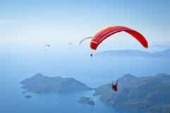 parachuting Foto de archivo libre de regalías