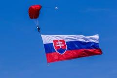 Parachutiste avec le drapeau photo libre de droits