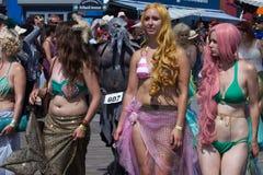 Parada da sereia de Coney Island foto de stock royalty free