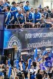 A parada da vitória de uma cidade inglesa de Leicester do clube do futebol, campeão da primeiro liga 2015 - 2016 inglesa Foto de Stock