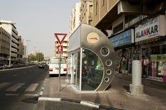 Parada de autobús de Dubai foto de archivo libre de regalías