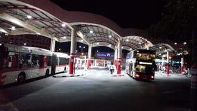 Parada de autobús de Dubai Imágenes de archivo libres de regalías