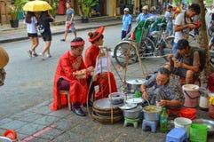 Parada de la comida de Hoi An Old Town Street imágenes de archivo libres de regalías
