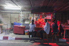 Parada de la noche en Bangkok foto de archivo