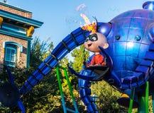 Parada de Pixar da aventura de Califórnia o Incredibles Fotografia de Stock Royalty Free
