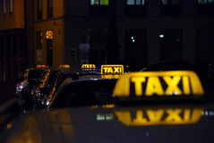 Parada de taxis Imagen de archivo libre de regalías