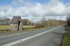 Parada del camino y de omnibus. Foto de archivo