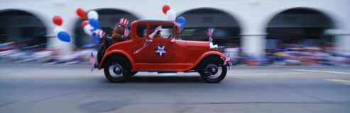 Parada do dia de Ndependence em uma cidade pequena Fotografia de Stock Royalty Free