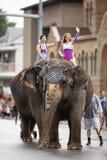 Parada do festival da cidade do circo fotos de stock
