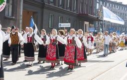 Parada do festival nacional estônio da música em Tallinn, Estônia Fotografia de Stock Royalty Free