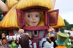 Parada em Paris Disneylândia, Alice Foto de Stock