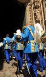 Parada miejska policja w pełnym mundurze, Sevilla, Hiszpania obraz royalty free