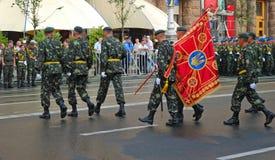 Parada militar em Kiev (Ucrânia) Imagens de Stock