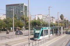 Parada moderna de la tranvía, Barcelona Fotografía de archivo