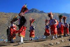 Parada przy Quyllurit& x27; inka festiwal w peruvian Andes zbliżam ausangate górę Obrazy Royalty Free