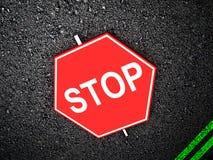 Parada - sinal de estrada Fotografia de Stock Royalty Free