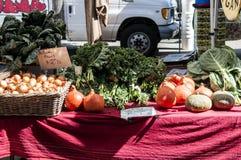 Parada vegetal de la calle imagen de archivo libre de regalías