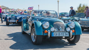 Parade of beautiful old English cars Royalty Free Stock Photos
