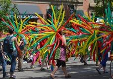 Parade mit Ballonen Lizenzfreie Stockfotografie