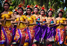 Parade Of Balinese Girl With Traditional Dress Royalty Free Stock Image