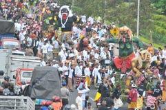 Parade Ogoh Ogoh gefeiert auf Eve Of Nyepi lizenzfreies stockbild
