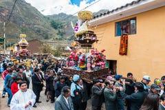Parade peruanische Anden Pisac Peru Virgen Del Carmen stockbilder