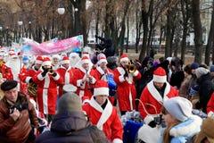 Parade van de Meisjes van de Vorst en van de Sneeuw van de Vader Stock Afbeeldingen