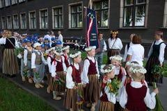 Parade van het het Letse Lied van de Jeugd en festival van de Dans royalty-vrije stock afbeeldingen