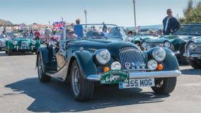 Parade van mooie oude Engelse auto's Royalty-vrije Stock Foto