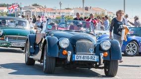 Parade van mooie oude Engelse auto's Royalty-vrije Stock Fotografie