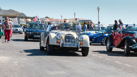 Parade van mooie oude Engelse auto's Stock Foto