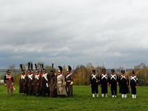 Parade van troepen in de oude vorm De troepen van 1812 vechten op het slagveld Details en close-up stock afbeelding