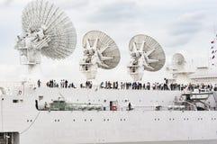 Parade van zeer oud historisch botengaljoen op de rivierzegen voor Armada, Frankrijk stock afbeelding