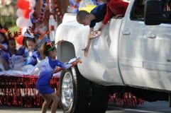 Paradehändedruck Lizenzfreie Stockfotografie
