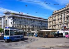 Paradeplatz-Quadrat in der Stadt von Zürich, die Schweiz lizenzfreies stockbild