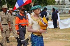Paraders en local se divierte la estación del festival Foto de archivo