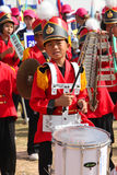 Paraders in het lokale seizoen van het sportenfestival stock foto's