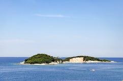 Paradies der einsamen Insel lizenzfreie stockbilder