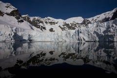 Paradies-Schacht, Antarktik. Lizenzfreie Stockfotos