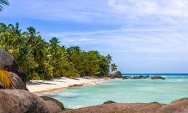 Paradiesstrand in den Seychellen Lizenzfreie Stockfotos