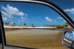 Paradijs bij het venster Royalty-vrije Stock Afbeeldingen