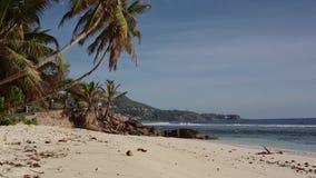 Paradijsstrand in Seychellen stock footage