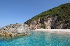 Paradijsstrand van Liapades bij het Eiland Griekenland van Korfu sedimentair royalty-vrije stock fotografie