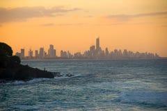 Paradis de surfers au crépuscule Images libres de droits