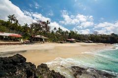 Paradis på den bali stranden, indonesia Arkivbilder
