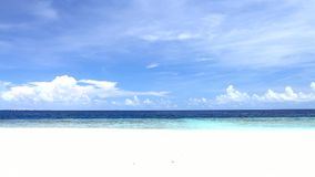 Paradis tropical chez les Maldives banque de vidéos