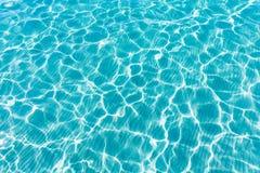 Paradis tropical d'été de réflexions de texture d'eau de mer photographie stock libre de droits