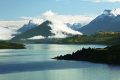 Paradise Island. Stunning landscape of lake and mountains at New Zealand Royalty Free Stock Photos