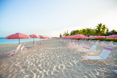 Paradise view of tropical empty sandy plage with Royalty Free Stock Photos